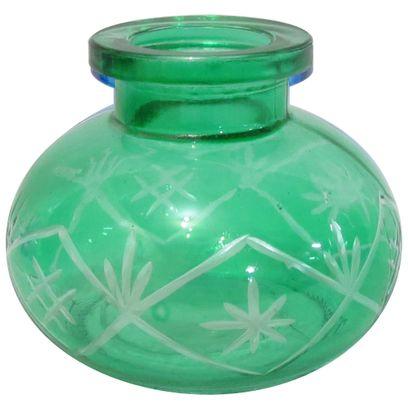 Base-de-Vidro-Pequena-Lapidada-Verde