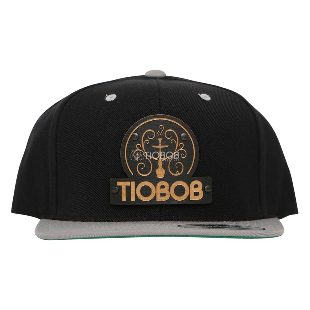Bone Snapback TioBob Preto com aba Cinza - tiobob ada2805c328